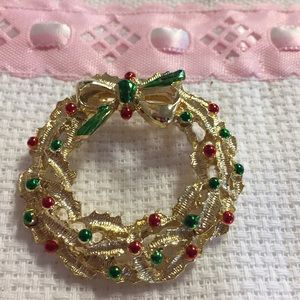 Vintage Christmas Wreath Brooch